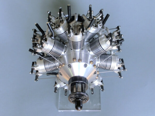 14 Zylinder Doppelsternmotor